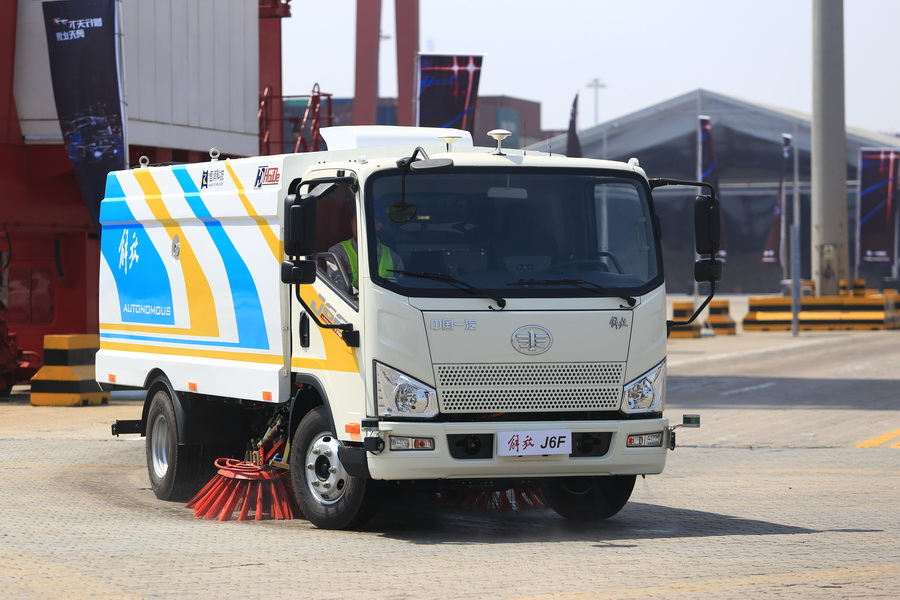 解放J7智能卡车